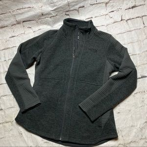THE NORTH FACE WOMEN'S GRAY JACKET